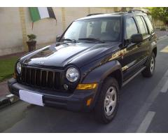 Jeep Cherokee 3.7L Model 2007 4x4 Black colour Very good Car Mobile 0559318077 - AED 29500 -